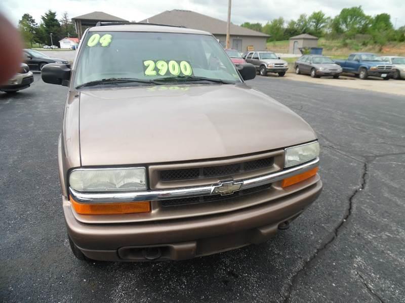 2004 Chevrolet Blazer LS 4WD 4dr SUV - Neosho MO