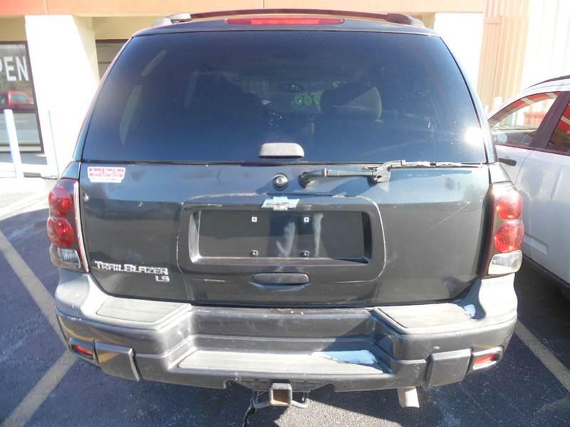 2005 Chevrolet TrailBlazer LS 4WD 4dr SUV - Neosho MO