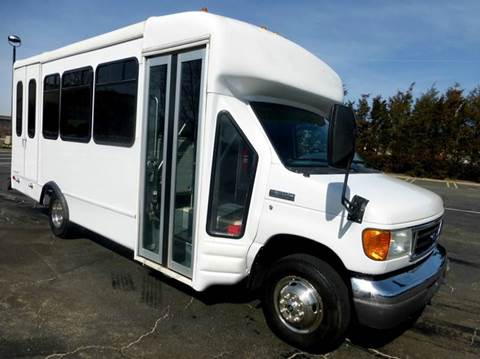 2007 Ford E-350 for sale in Westbury NY