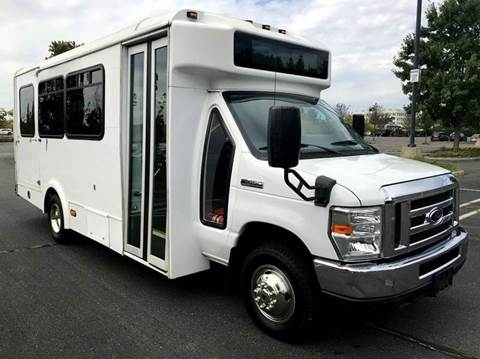 2013 Ford E-450 for sale in Westbury NY