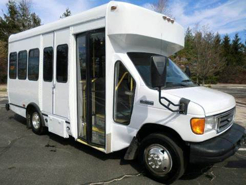 2007 Ford E-350 for sale in Westbury, NY