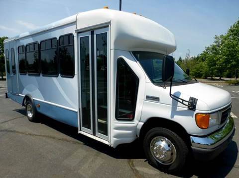 2007 Ford E-450 for sale in Westbury NY