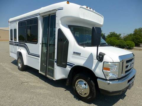 2009 Ford E-350 for sale in Westbury NY