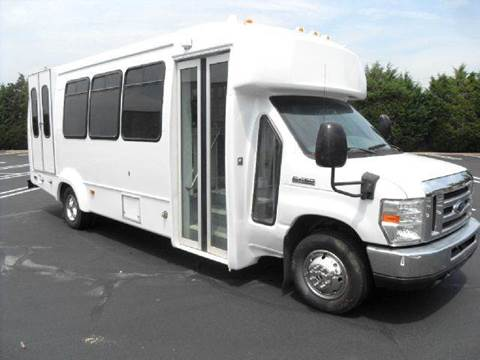 2008 Ford E-450 for sale in Westbury, NY