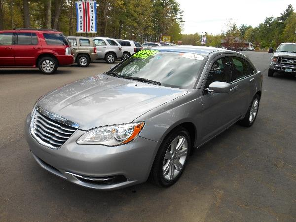 2013 Chrysler 200 for sale in Loudon NH