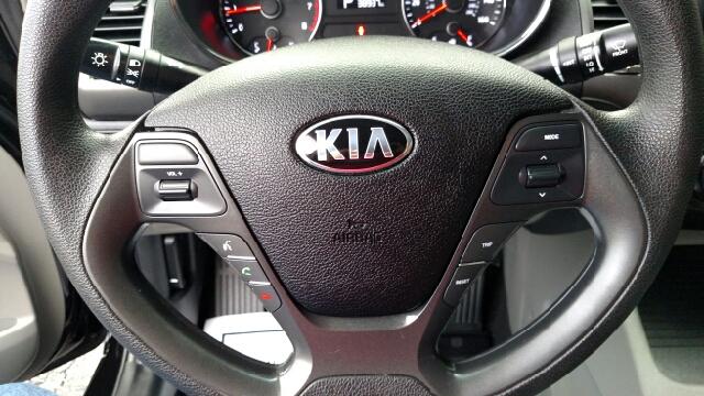 2015 Kia Forte LX 4dr Sedan 6A - Pine Grove PA