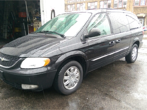 2004 Chrysler Town and Country for sale in Philadelphia, PA