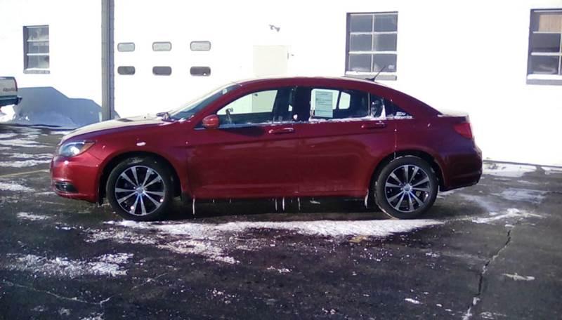 2014 Chrysler 200 Limited 4dr Sedan - Rochelle IL