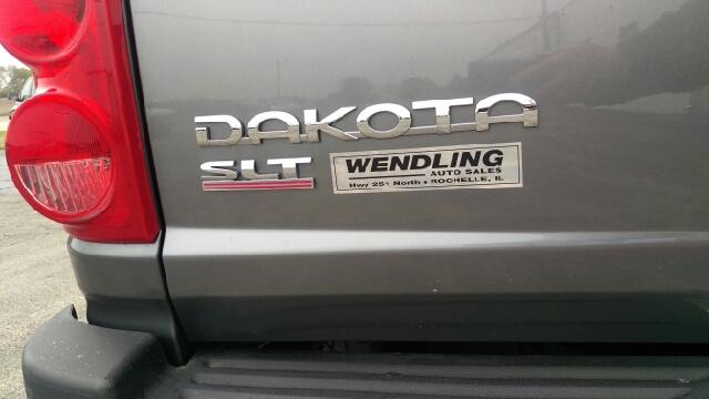2005 Dodge Dakota 4dr Quad Cab SLT 4WD SB - Rochelle IL
