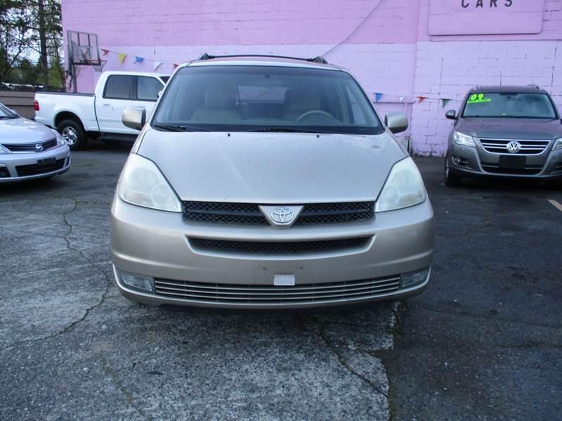 2004 Toyota Sienna XLE 7-Passenger 4dr Mini-Van - Seattle WA