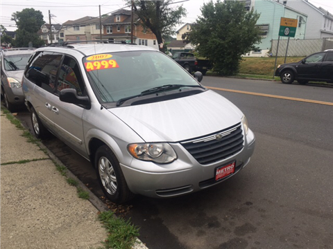2007 Chrysler Town and Country for sale in Elizabeth, NJ