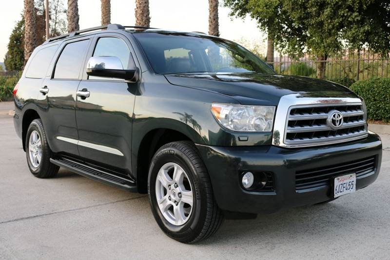 2008 TOYOTA SEQUOIA LIMITED 4X2 4DR SUV green this fully loaded 2008 toyota sequoia with leather