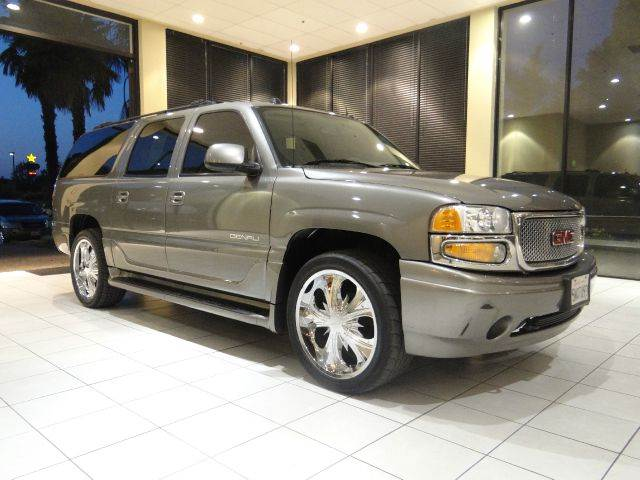 2005 GMC YUKON XL DENALI AWD 4DR SUV gray abs - 4-wheel active suspension adjustable pedals - p