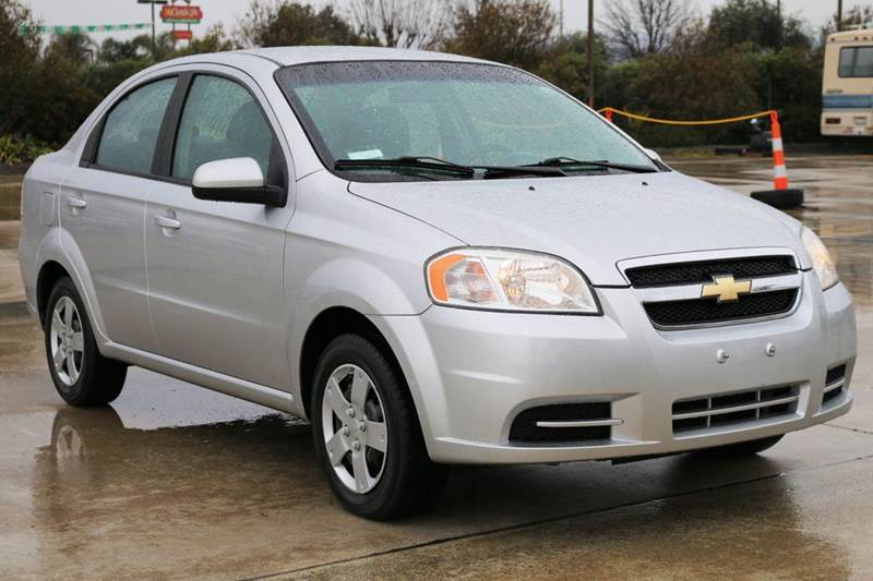 2011 CHEVROLET AVEO LS 4DR SEDAN silver  affordable  this 2011 chevrolet aveo is in great