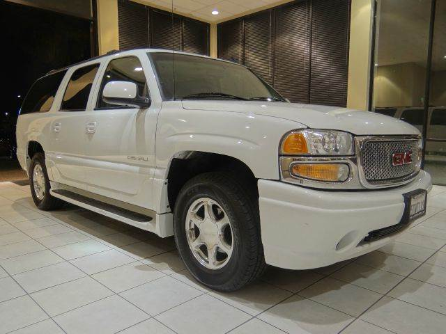 2006 GMC YUKON XL DENALI AWD 4DR SUV white abs - 4-wheel active suspension adjustable pedals -