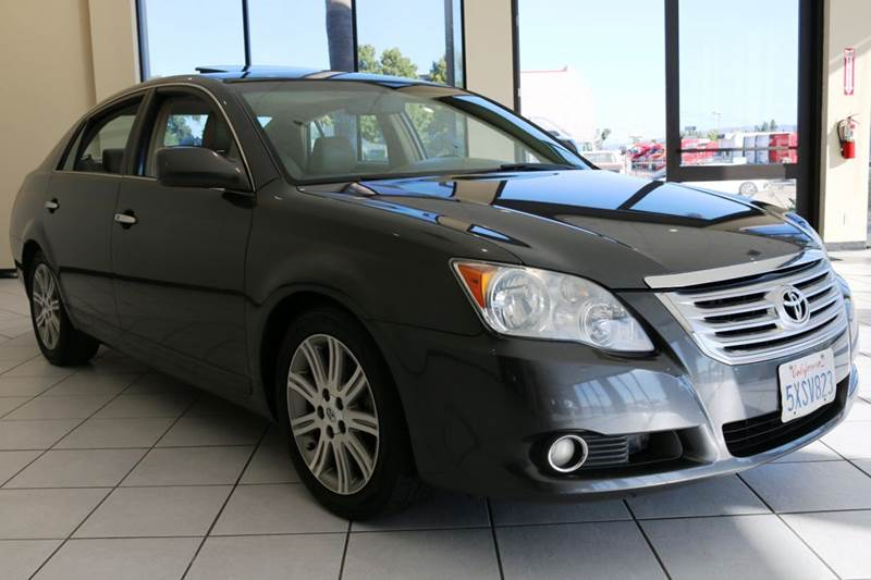 2008 TOYOTA AVALON XL 4DR SEDAN gray this beautiful 2008 toyota avalon with keyless entry push