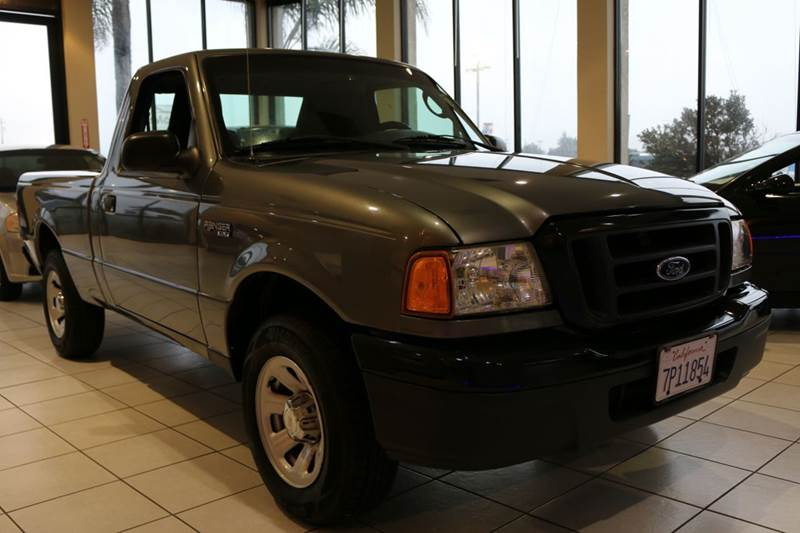 2004 FORD RANGER XL 2DR STANDARD CAB RWD SB gray  reliable work truck  this 2004 for