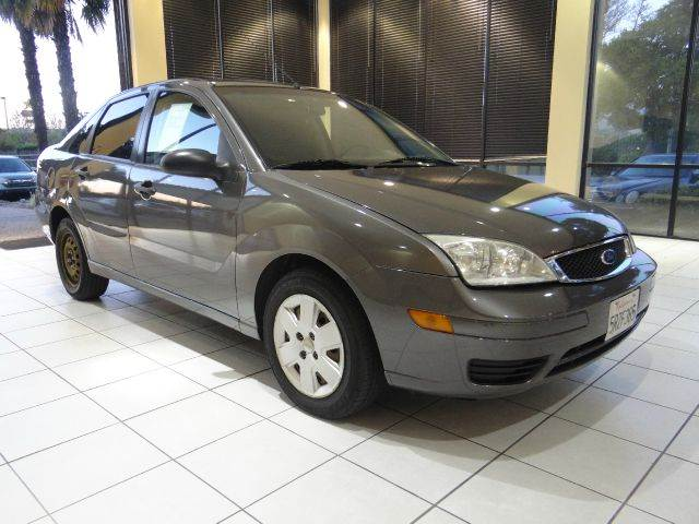 2006 FORD FOCUS ZX4 SE 4DR SEDAN gray air filtration airbag deactivation - occupant sensing pass