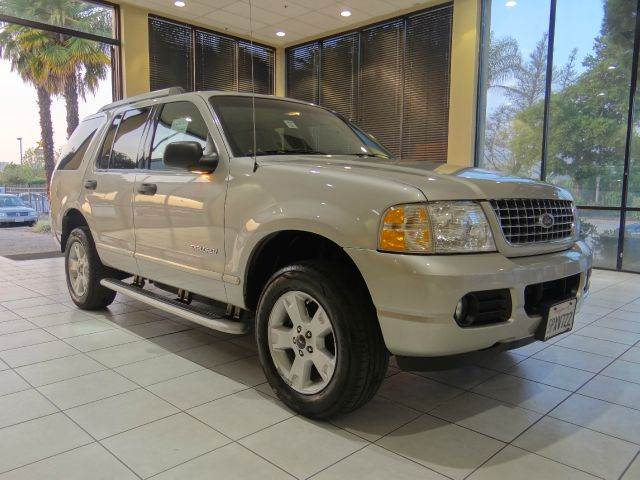 2005 FORD EXPLORER XLT 4WD 4DR SUV silver abs - 4-wheel alloy wheels axle ratio - 355 center