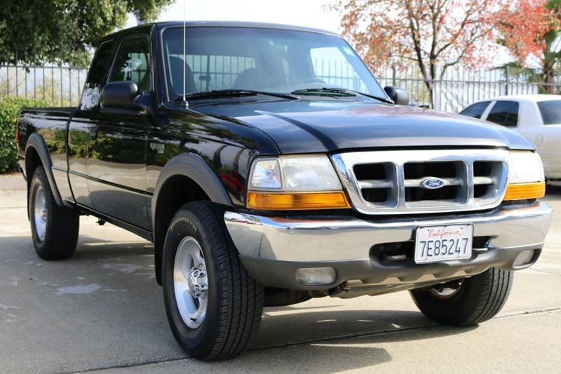 2000 FORD RANGER XL 2DR 4WD EXTENDED CAB SB black this 2000 ford ranger is a dependable work tuck