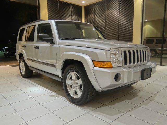 2006 JEEP COMMANDER BASE 4DR SUV 4WD silver 4wd type - full time abs - 4-wheel airbag deactivat