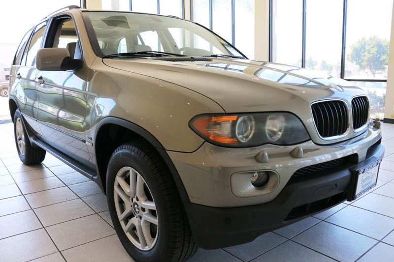 2004 BMW X5 30I AWD 4DR SUV brown this 2004 bmw x5 is in amazing condition and has super low mi