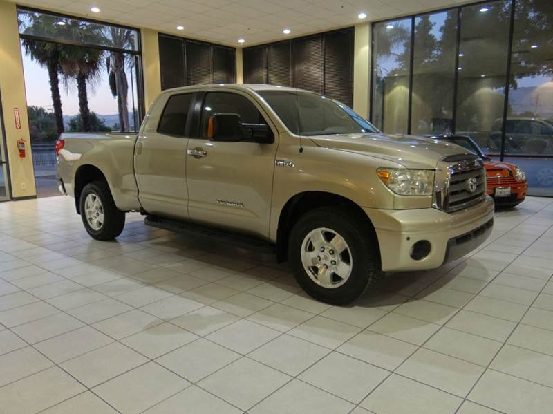 2008 TOYOTA TUNDRA LIMITED 4X4 4DR DOUBLE CAB 57L gold 2-stage unlocking - remote 4wd type - p