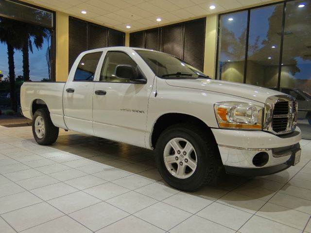 2006 DODGE RAM PICKUP 1500 ST 4DR QUAD CAB SB white abs - rear airbag deactivation - occupant se