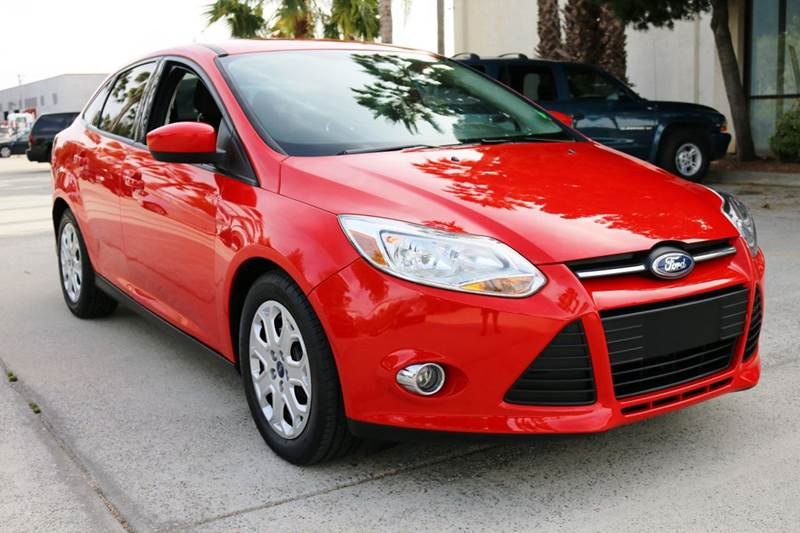 2012 FORD FOCUS SE 4DR SEDAN red abs - 4-wheel air filtration airbag deactivation - occupant se