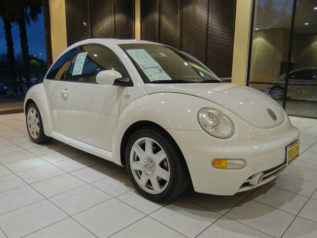 2002 VOLKSWAGEN NEW BEETLE GLX 18T 2DR HATCHBACK white abs - 4-wheel anti-theft system - alarm