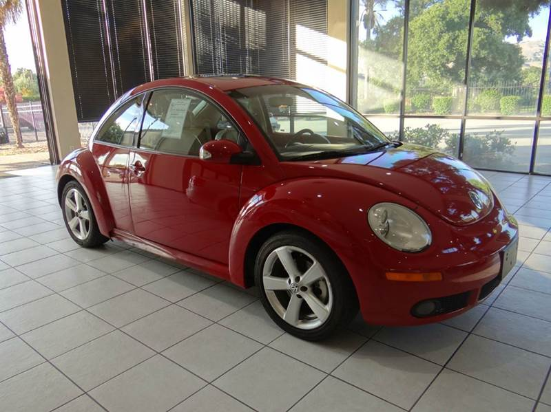 2006 VOLKSWAGEN NEW BEETLE 25 2DR HATCHBACK WAUTOMATIC red abs - 4-wheel air filtration airba