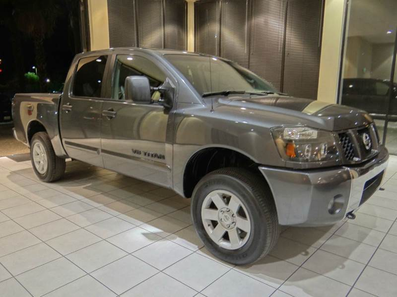 2005 NISSAN TITAN XE 4DR CREW CAB 4WD SB gray abs - 4-wheel axle ratio - 294 center console -