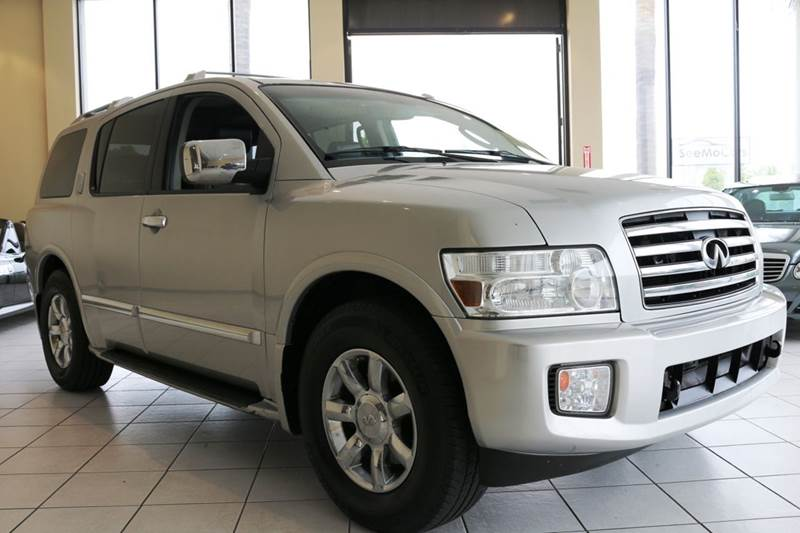 2007 INFINITI QX56 BASE 4DR SUV 4WD silver an affordable luxury family suv this 2007 infinity qx5