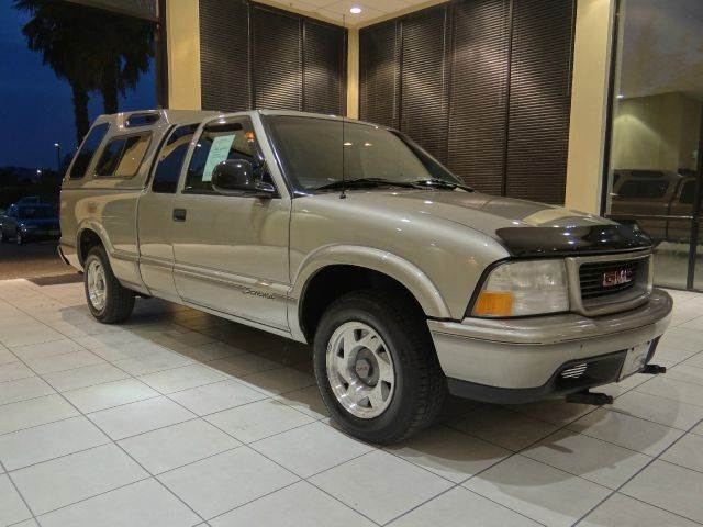 1998 GMC SONOMA SLS SPORT 2DR EXTENDED CAB STEPS champagne abs - 4-wheel bumper detail - rear st