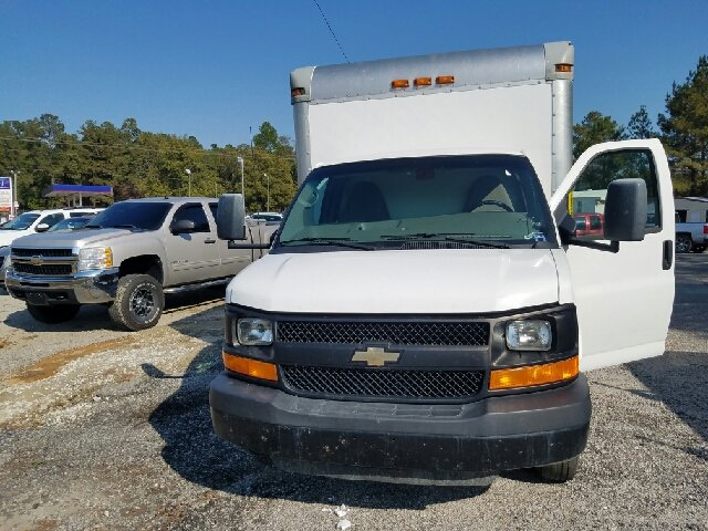 2012 Chevrolet Express Cutaway 3500 2dr 139 in. WB Cutaway Chassis w/ 1WT - Florence SC
