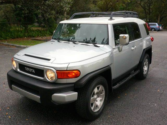 2007 TOYOTA FJ CRUISER BASE 4DR SUV gray 2-stage unlocking abs - 4-wheel air filtration airbag
