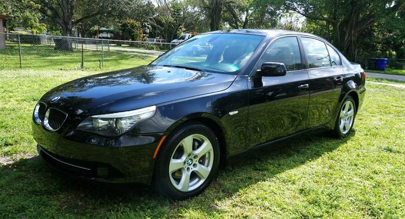 2008 BMW 5 SERIES 535XI AWD 4DR SEDAN black call 1-754-210-3703 for sales this vehicle fully