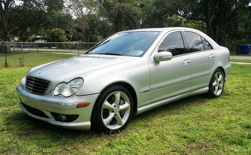 2006 MERCEDES-BENZ C-CLASS C230 SPORT 4DR SEDAN silver call 1-754-210-3703 for sales this ve
