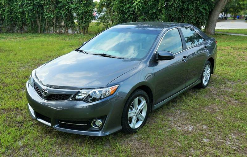 2014 TOYOTA CAMRY SE 4DR SEDAN gray call 888-503-0114 for sales  imperial capital cars is pr