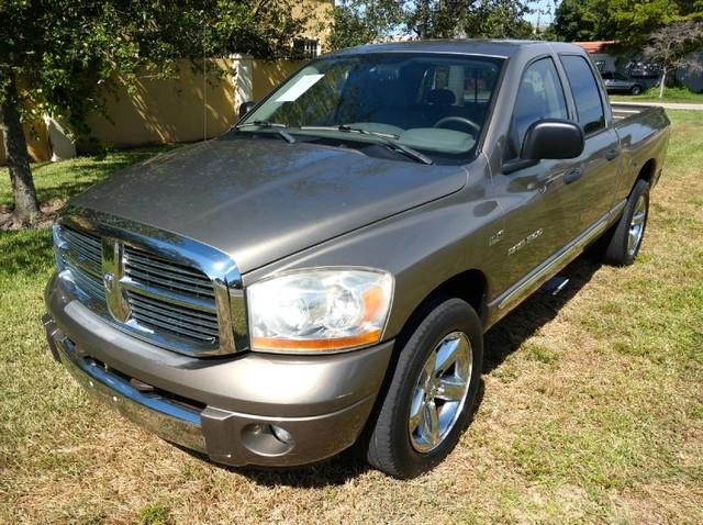 2006 DODGE RAM PICKUP 1500 LARAMIE 57 LITER HEMI V8 light khaki metallic imperial capital cars i