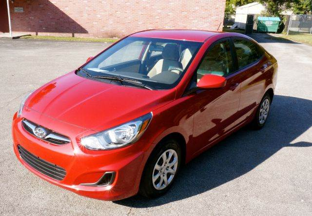 2013 HYUNDAI ACCENT GLS 4DR SEDAN 6A red call 888-503-0114 for sales  imperial capital cars