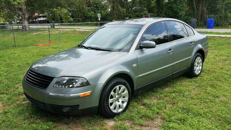 2002 VOLKSWAGEN PASSAT GLS 18T 4DR TURBO SEDAN silver abs - 4-wheel anti-theft system - alarm