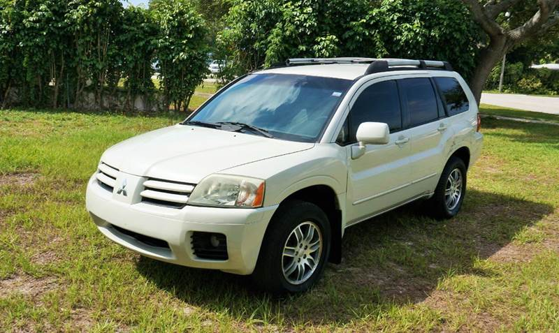 2005 MITSUBISHI ENDEAVOR LIMITED 4DR SUV white abs - 4-wheel anti-theft system - alarm cd chang