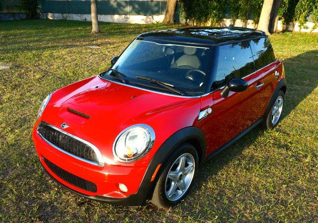 2009 MINI COOPER S 2DR HATCHBACK red 2-stage unlocking abs - 4-wheel air filtration airbag dea