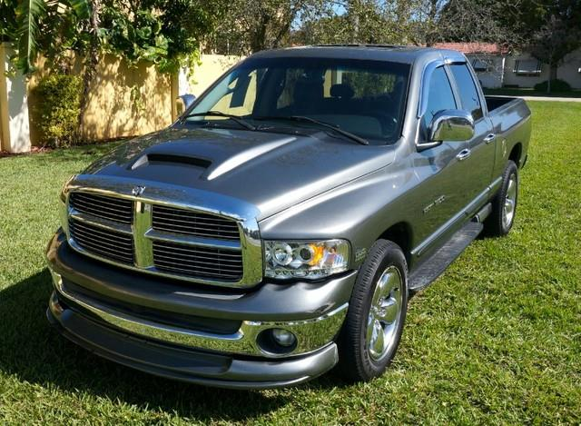2005 DODGE RAM PICKUP 1500 SLT V8 57 LITER HEMI unspecified city 14hwy 18 57l engine5-speed