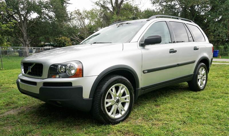 2004 VOLVO XC90 T6 AWD 4DR TURBO SUV silver call 1-754-210-3703 for sales this vehicle fully