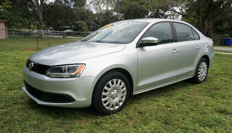 2011 VOLKSWAGEN JETTA SE 4DR SEDAN 6A silver 2-stage unlocking - remote abs - 4-wheel air filtr