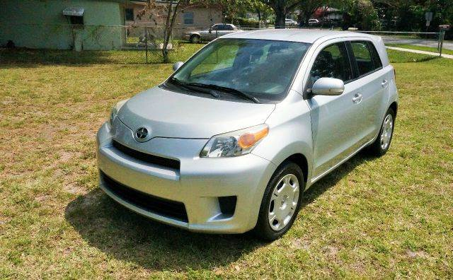 2010 SCION XD BASE 4DR HATCHBACK 5M silver abs - 4-wheel active head restraints - dual front an