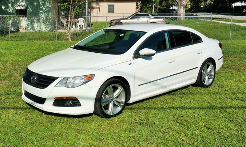 2011 VOLKSWAGEN CC SPORT 4DR SEDAN 6A white call 1-754-210-3703 for sales this vehicle full