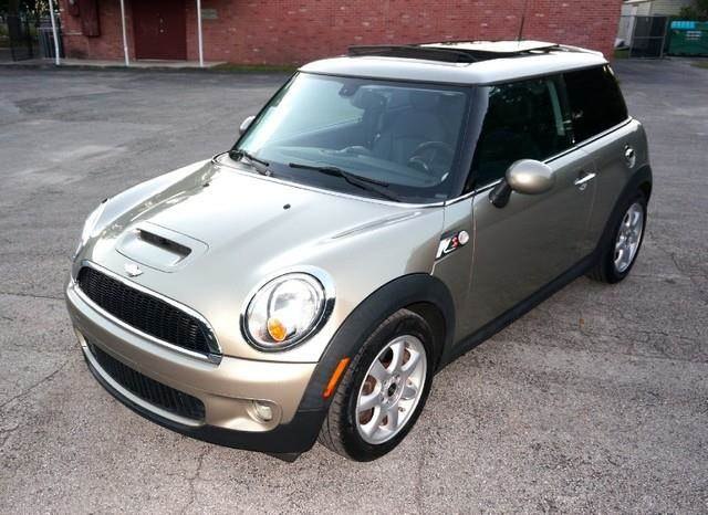 2008 MINI COOPER S 2DR HATCHBACK gold imperial capital cars is hollywood floridas 1 used car dea